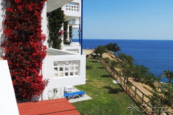 seaside-apartments-studios-rooms-agia-pelagia190558A1-D11C-886A-4691-28FE07240033.jpg